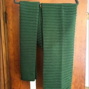 Michael kors hunter green scarf